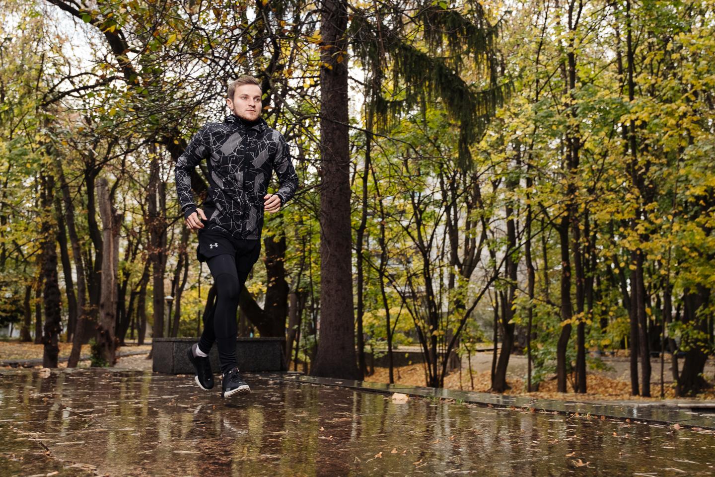 В чем бегать осенью