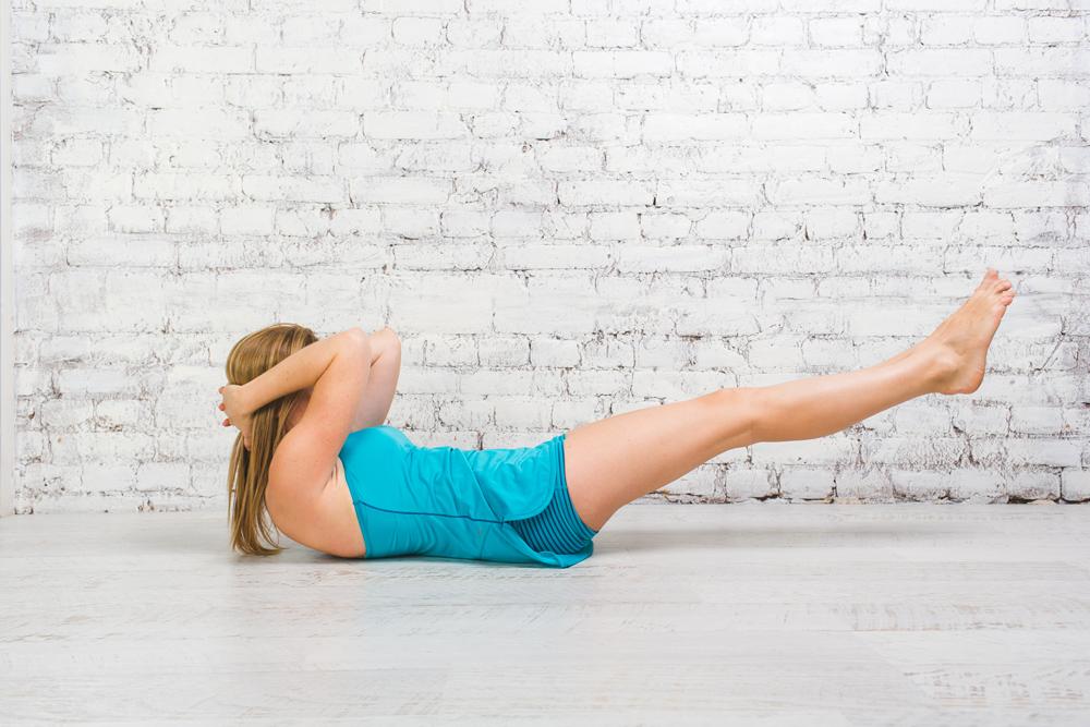 Йога для бегунов: позы для укрепления спины и мышц кора 9