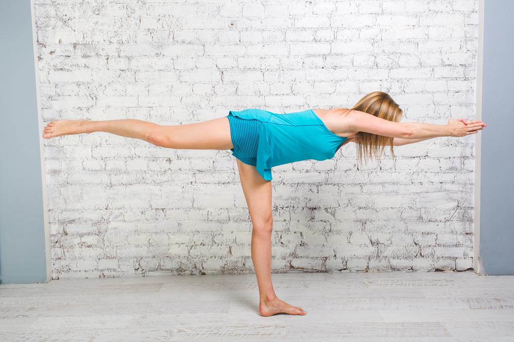 Йога для бегунов: позы для укрепления спины и мышц кора 12