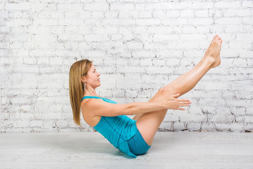 Йога для бегунов: позы для укрепления спины и мышц кора 5