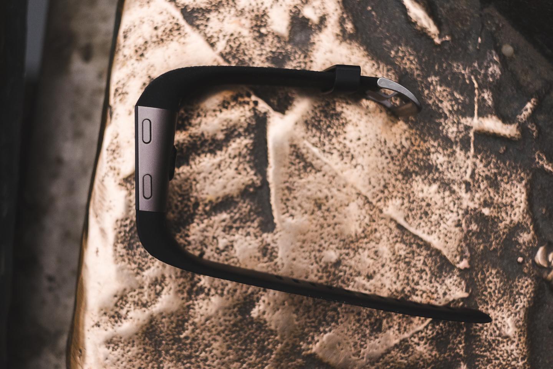 FitBit Surge - устройство строящее мосты между спортивными GPS часами и тренерами активностей 9