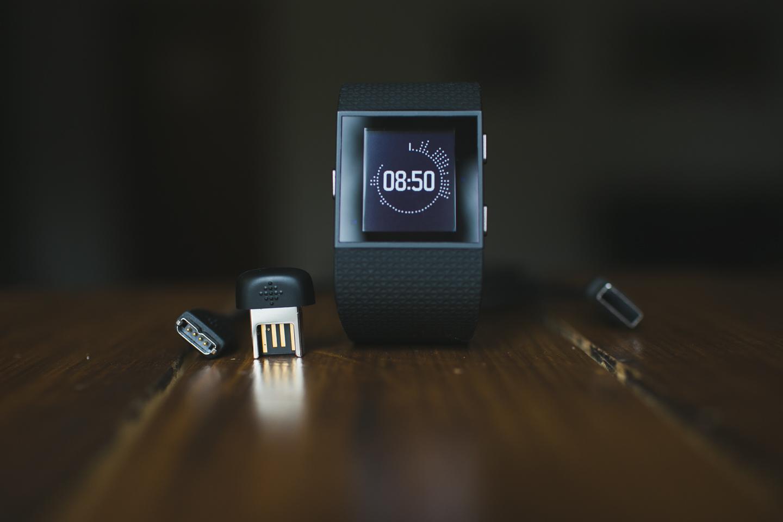FitBit Surge - устройство строящее мосты между спортивными GPS часами и тренерами активностей 1