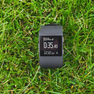 FitBit Surge - устройство строящее мосты между спортивными GPS часами и тренерами активностей 3