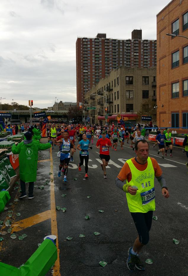 Каково это — быть волонтёром на крупнейшем марафоне мира 3