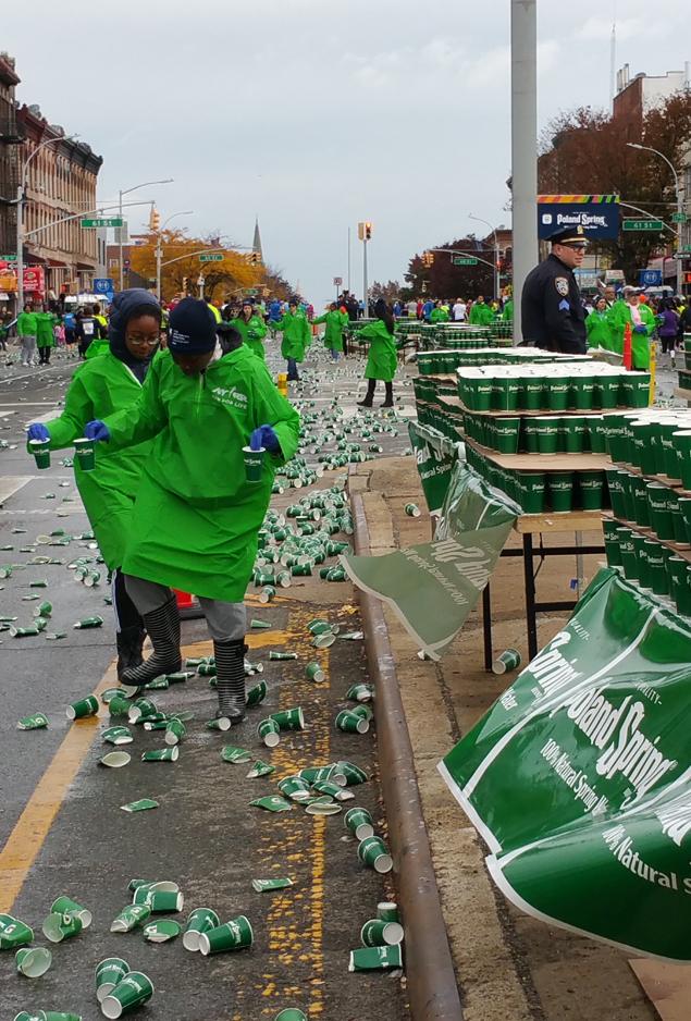 Каково это — быть волонтёром на крупнейшем марафоне мира 4