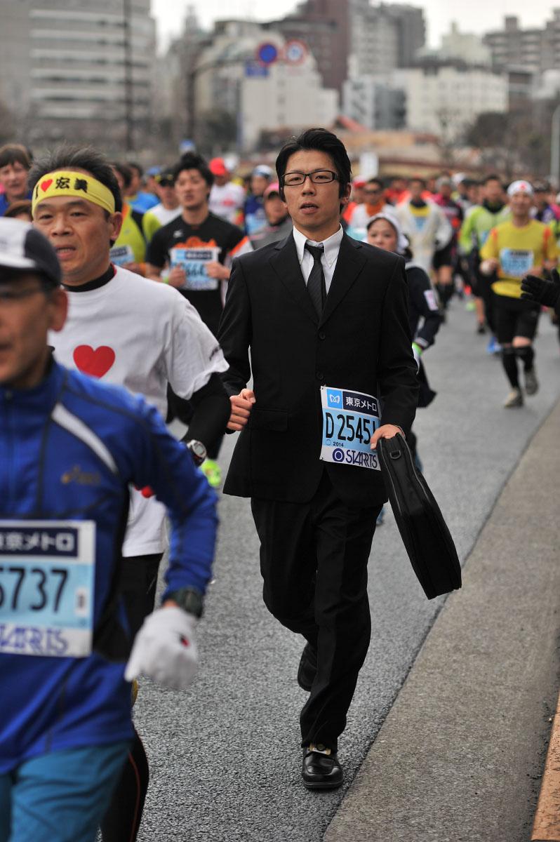 Необычные марафонские костюмы 15