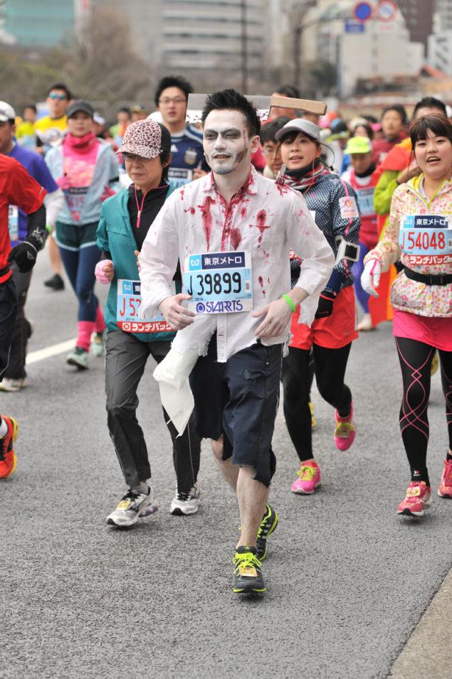 Необычные марафонские костюмы 19