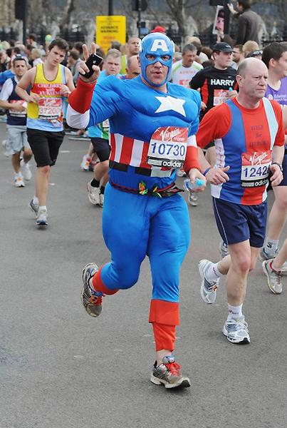 Необычные марафонские костюмы 23