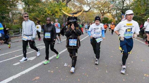 Необычные марафонские костюмы 33