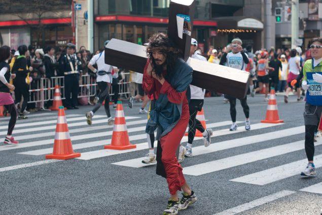 Необычные марафонские костюмы 35
