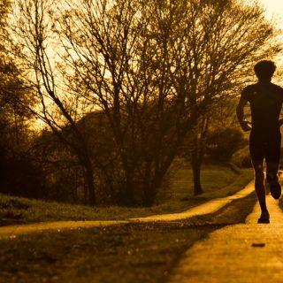 Как научиться бегать в течение часа без остановки
