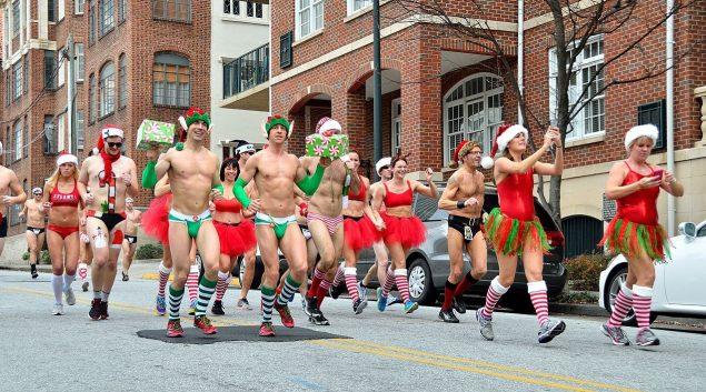 От носков и до трусов: 10 идей новогодних подарков для бегунов 11