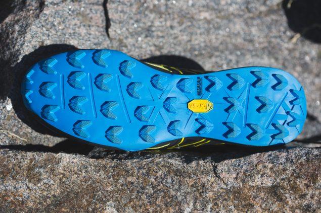 Обзор трейловых кроссовок North Face Ultra MT 12