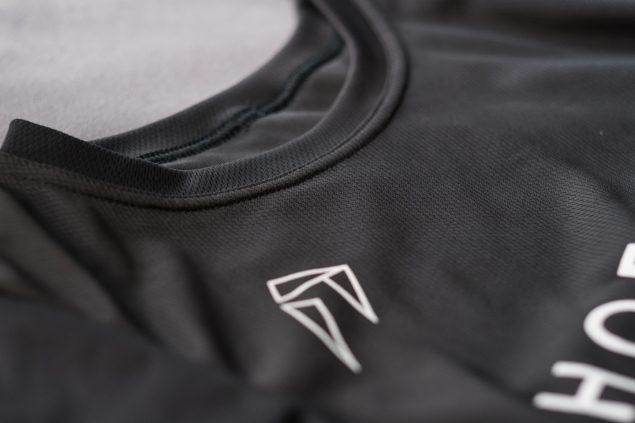 «Мерч» от Ногибоги: мы сделали футболки, в которых хочется пойти на тренировку прямо сейчас 4