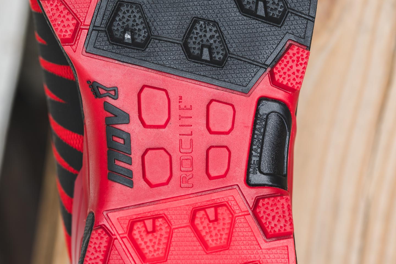 Обзор трейловых кроссовок Inov-8 Roclite 305 20