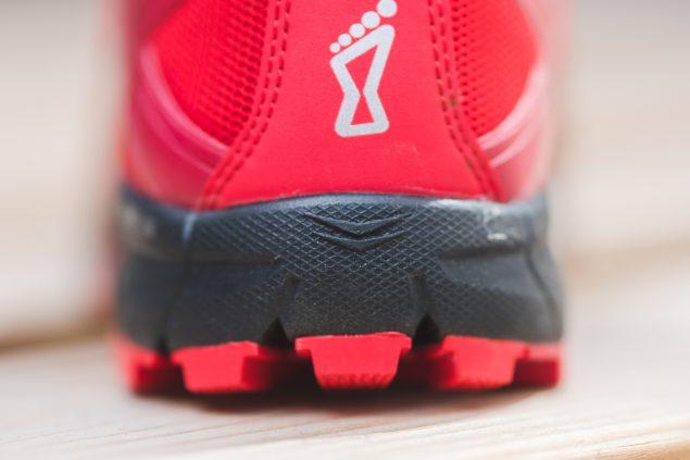 Обзор трейловых кроссовок Inov-8 Roclite 305 8