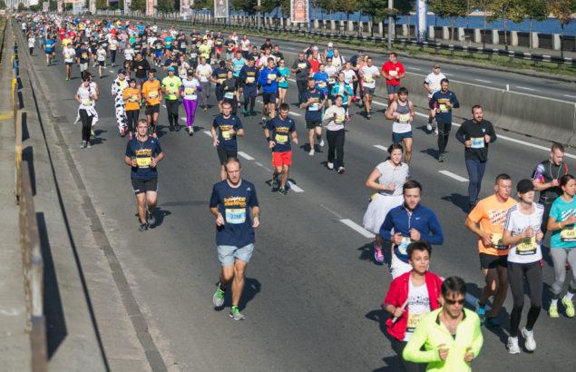 Как вести себя на забегах: правила хорошего тона для бегунов