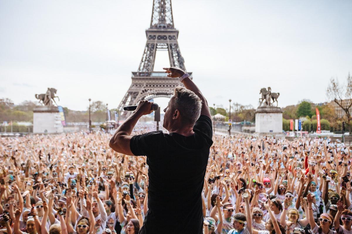 Забег Color Run в Париже