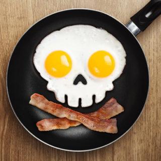 Завтрак — самый важный приём пищи за день. Или нет?